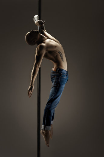 LIU_JO_Pole Dance03